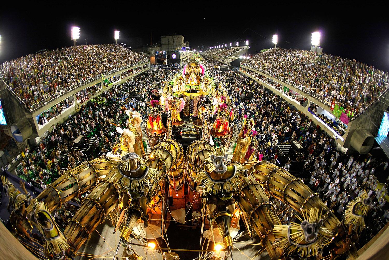 Carnavalul anual atrage milioane de participanți
