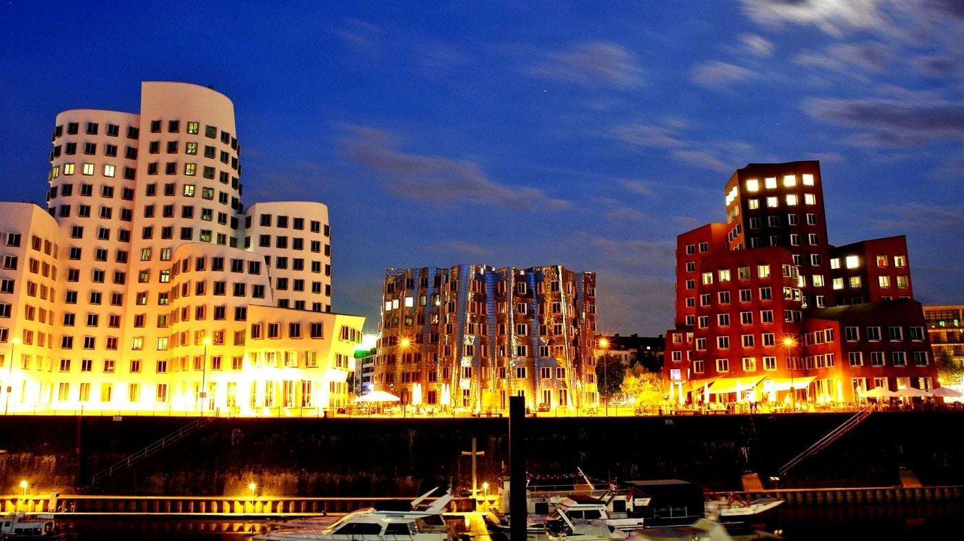 Dusseldorf, oraş al contrastelor