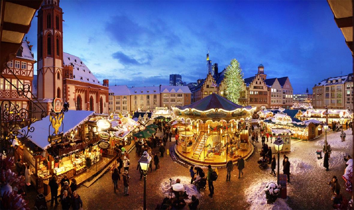 Piața de Crăciun din Frankfurt - Germania