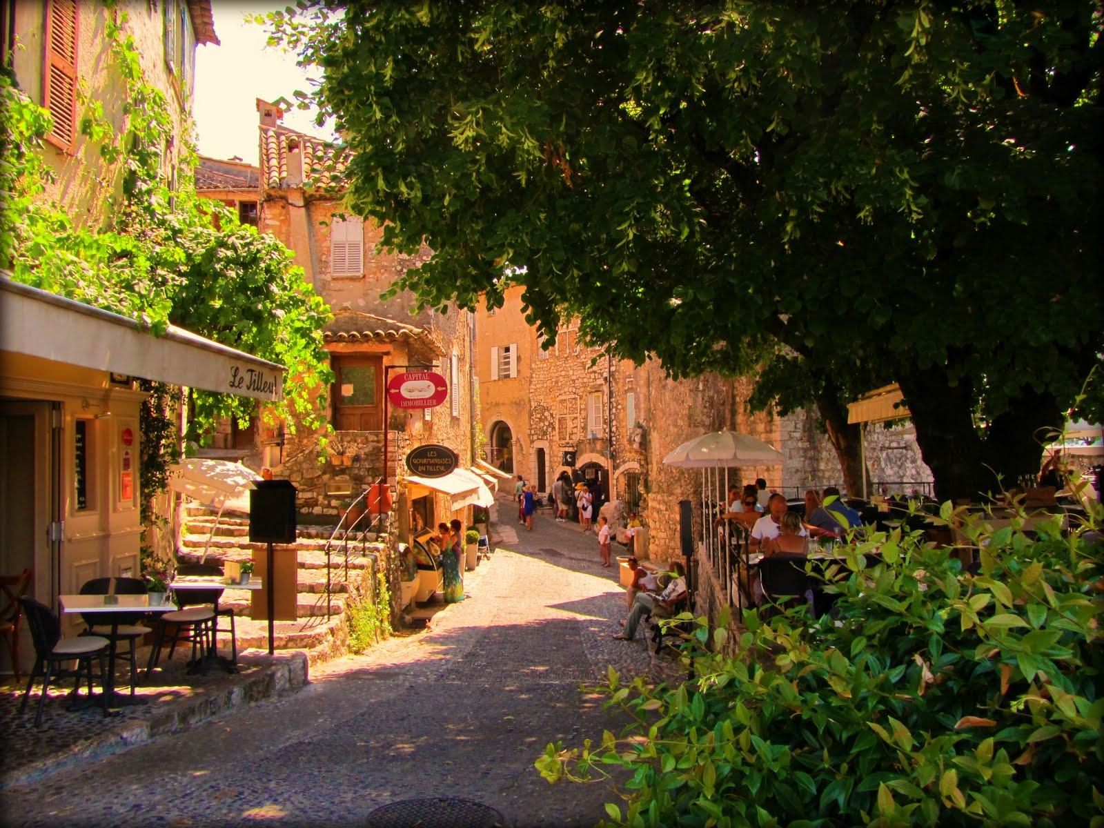 Satul Artisan, Provence