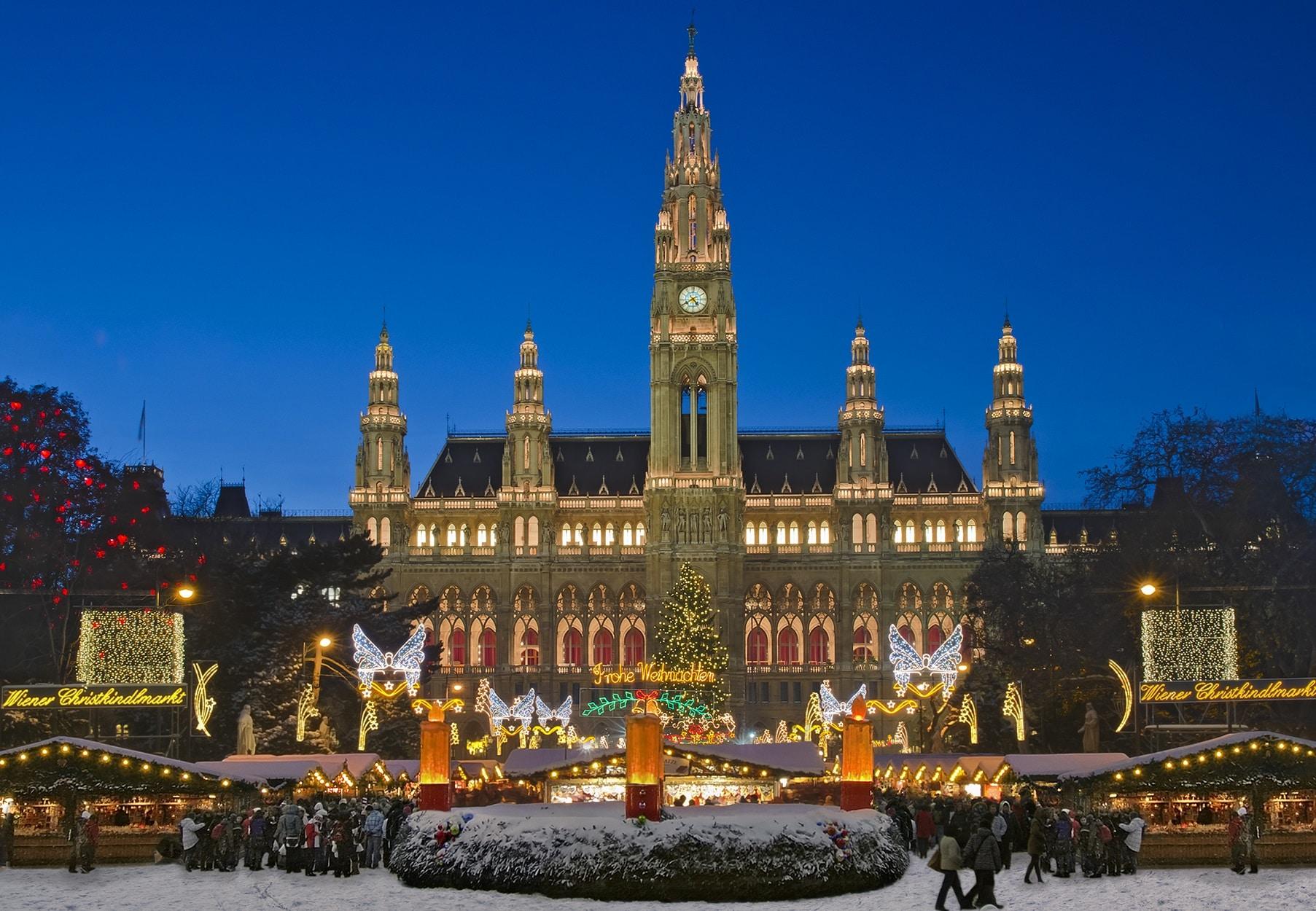 Rathausplatz - Piața de Crăciun din Viena, Austria