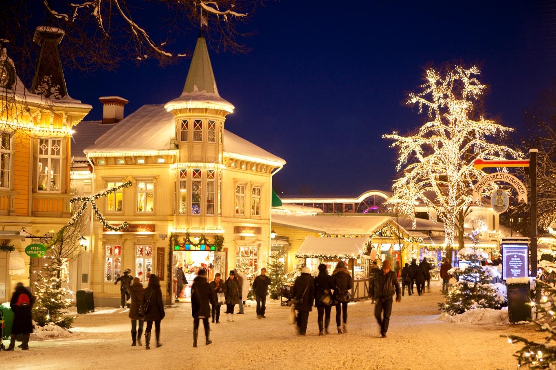 Piața de Crăciun din Liseberg - Goteborg, Suedia