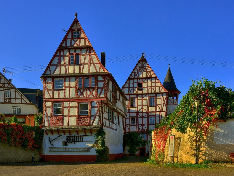 Clădirile specifice Germaniei se regăsesc și în Nuremberg