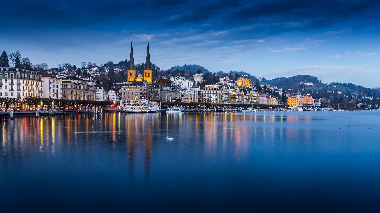 Lacul Lucerne, Elveția