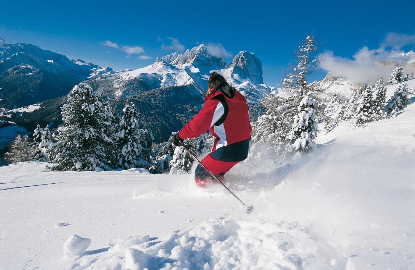 Pârtiile de ski sunt o încântare pentru turişti