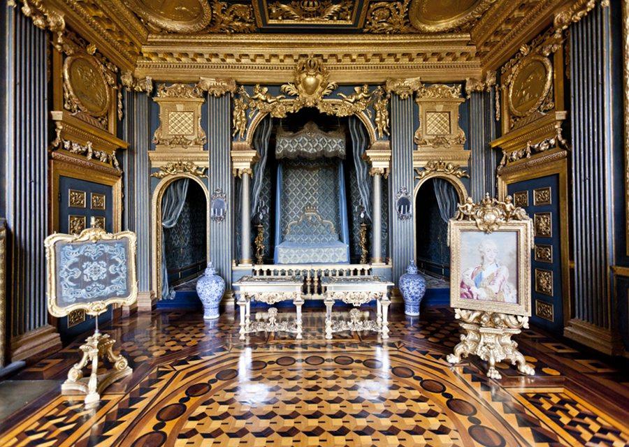 Puţinele fotografii dezvăluie un interior luxuriant