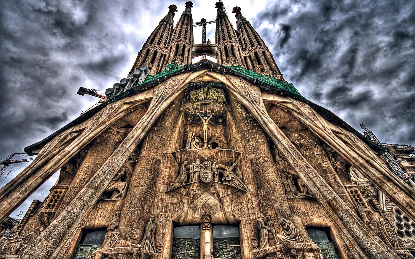 Sagrada Familia, detalii arhitecturale