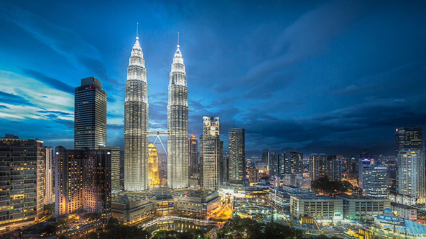 Cele mai înalte clădiri gemene schimbă complet orizontul