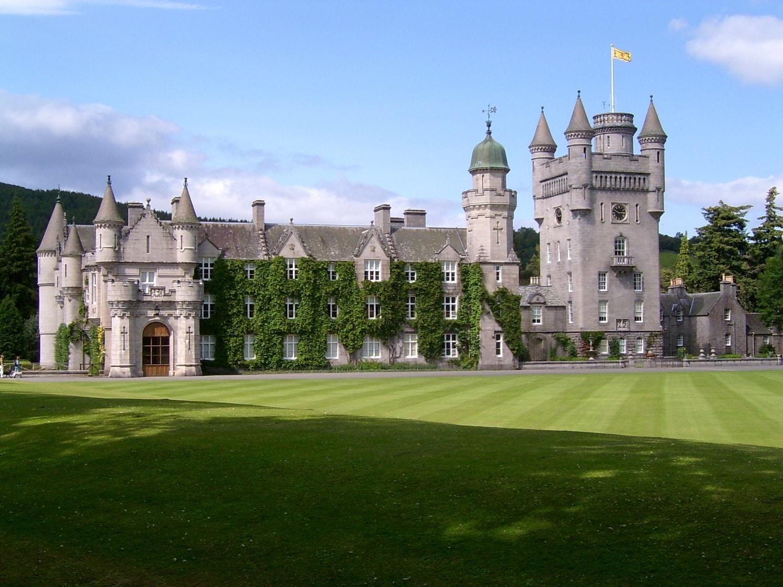 Castelul este o încântare pentru oaspeții de seamă