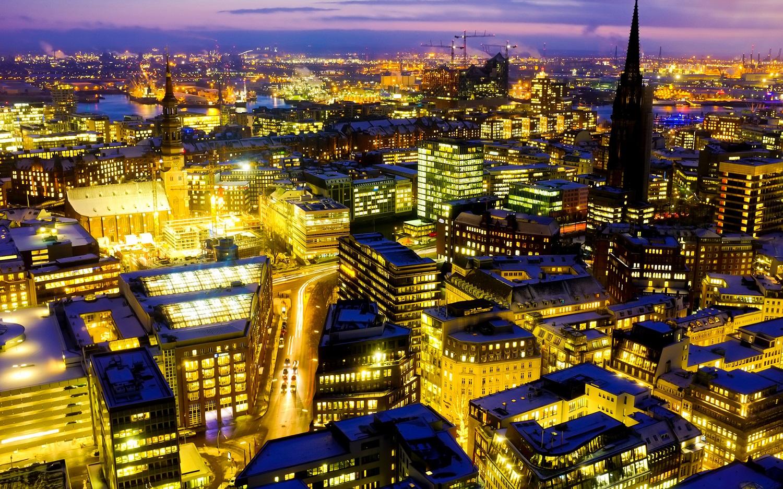 Priveliște din oraș, noaptea
