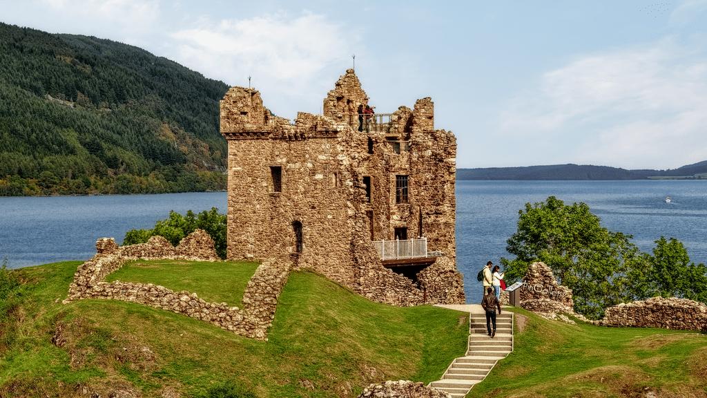 Turnul castelului Urquhart