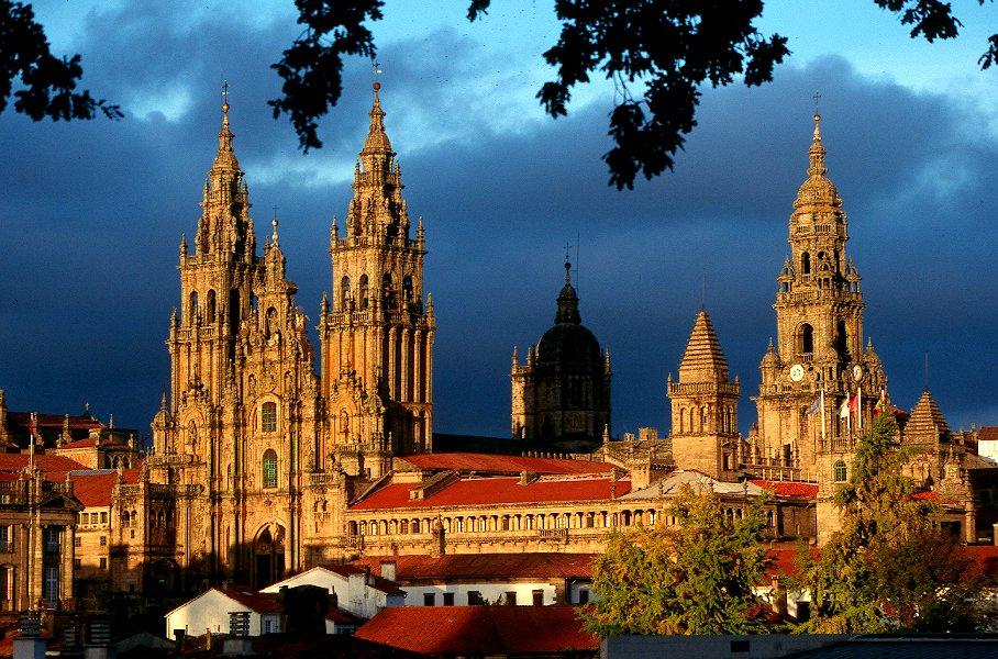 Catedrala este cea mai importantă structură din oraş