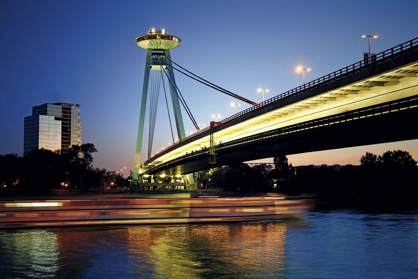 Podul SNP, o structură grandioasă