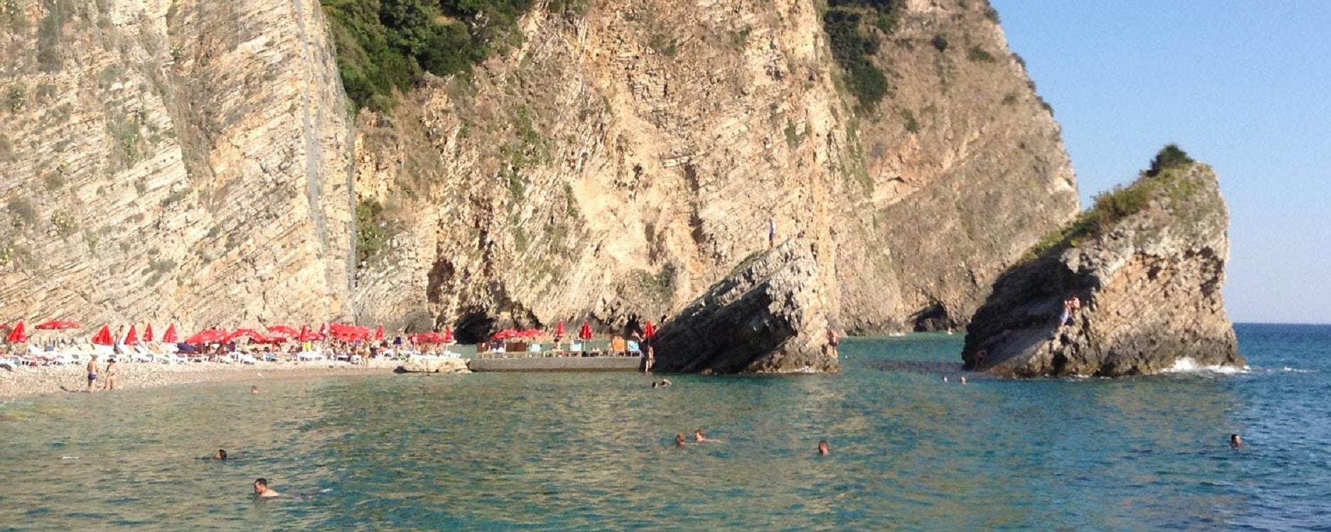 Plaja Saint Nikola, Muntenegru – O oază de liniște