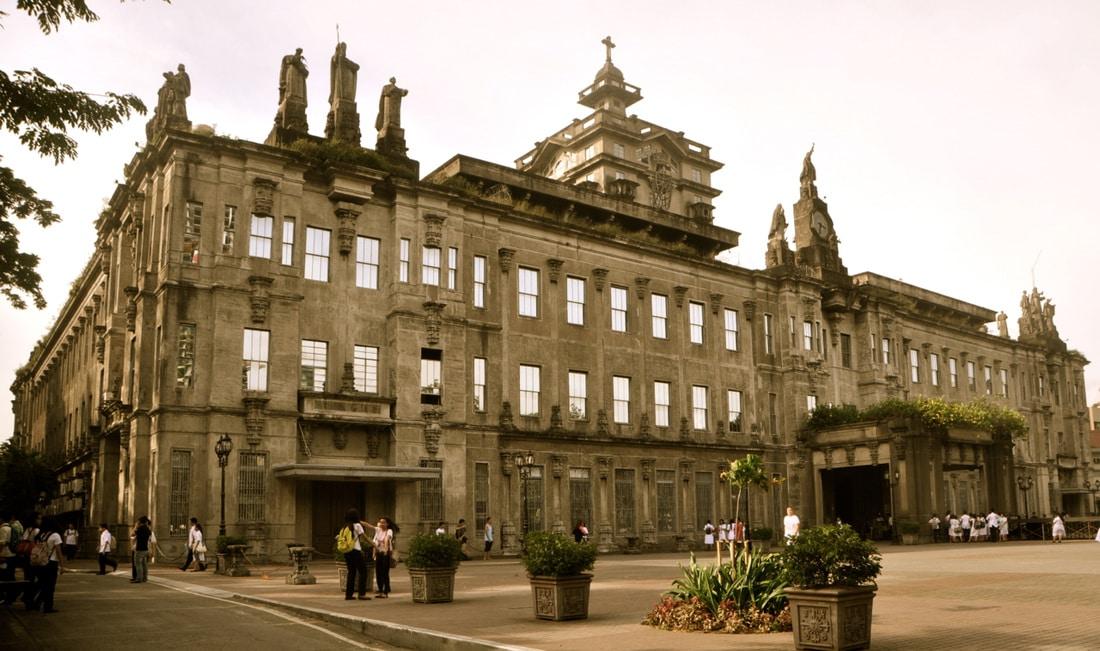 Universitatea Santo Tomas