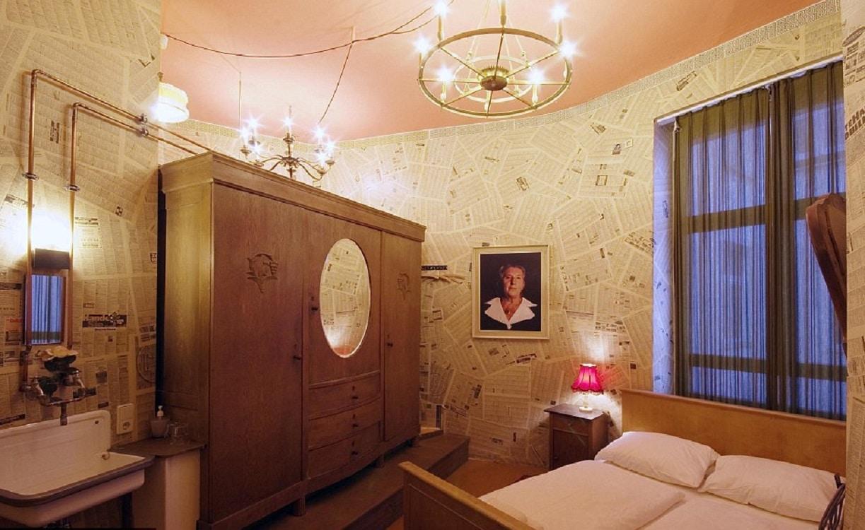 Camera bunicii din hotelul Propeller Island City Lodge