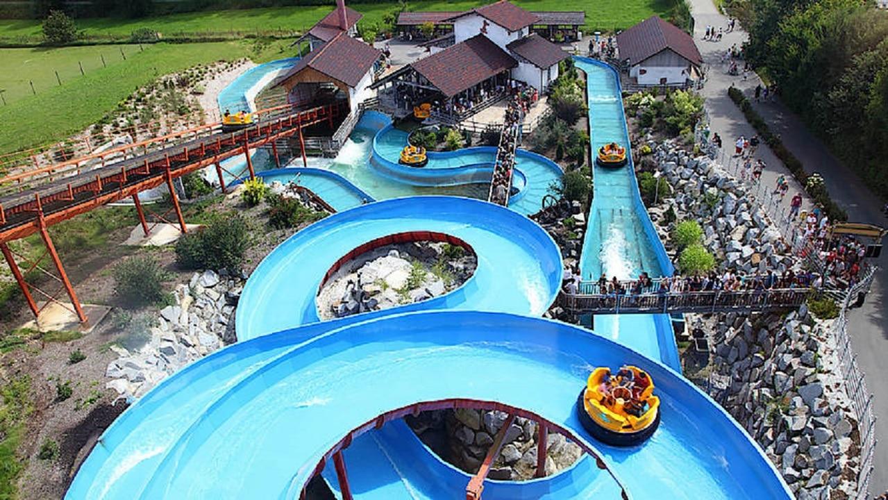 Tobogane de apă din celebrul Aqua Park Alpamare - Elveția