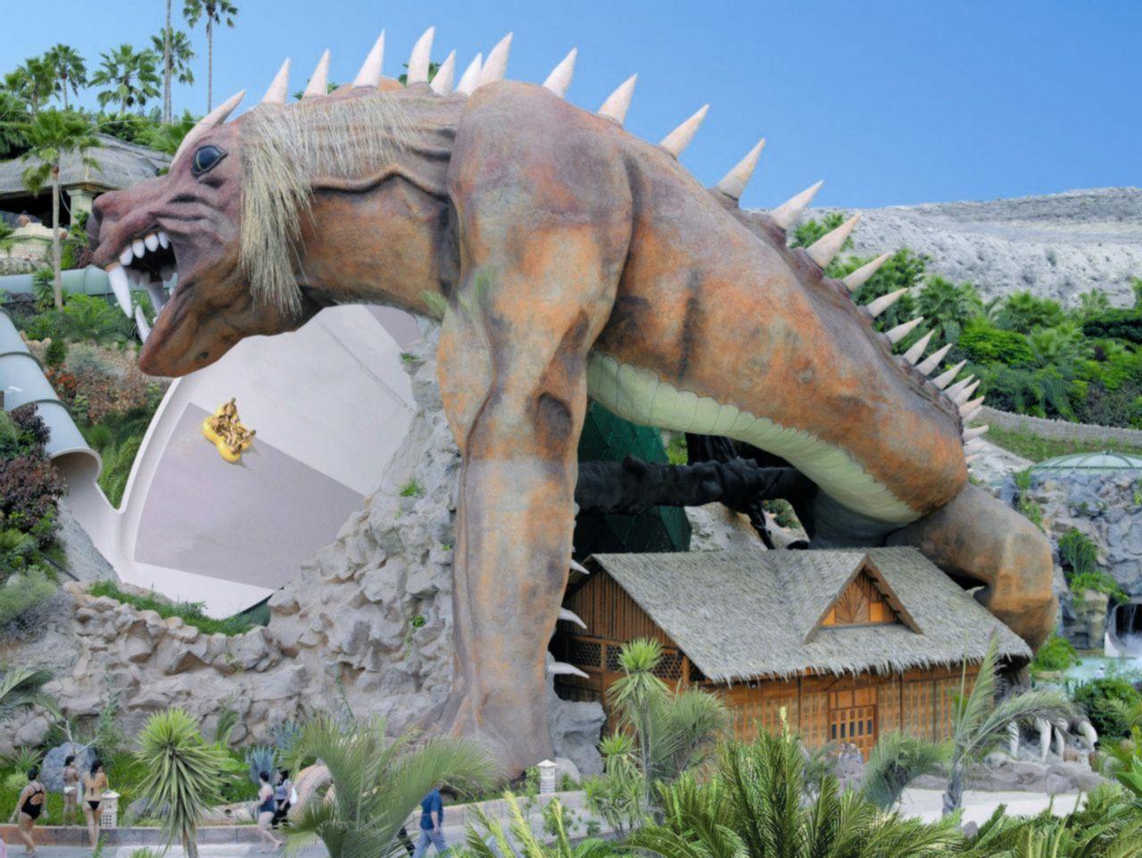 """""""Dragonul"""" - Un tobogan etalon al Siam Park"""