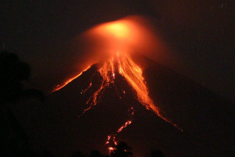 O singură erupţie vulcanică poate provoca în jur de 1600 de morţi