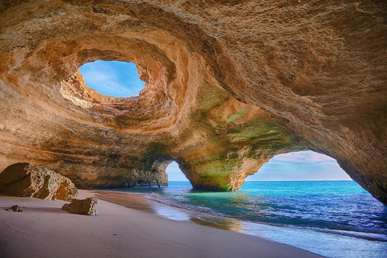 Peştera Benagil, Algrave, Portugalia