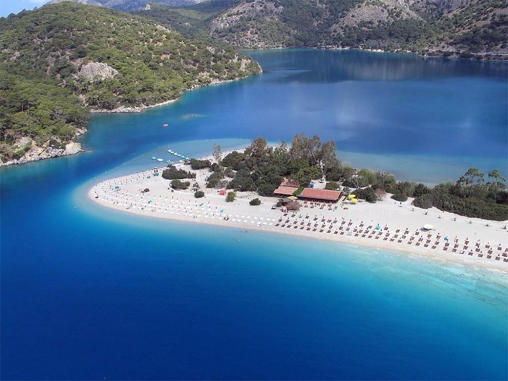 Ölüdeniz – laguna albastră din Turcia