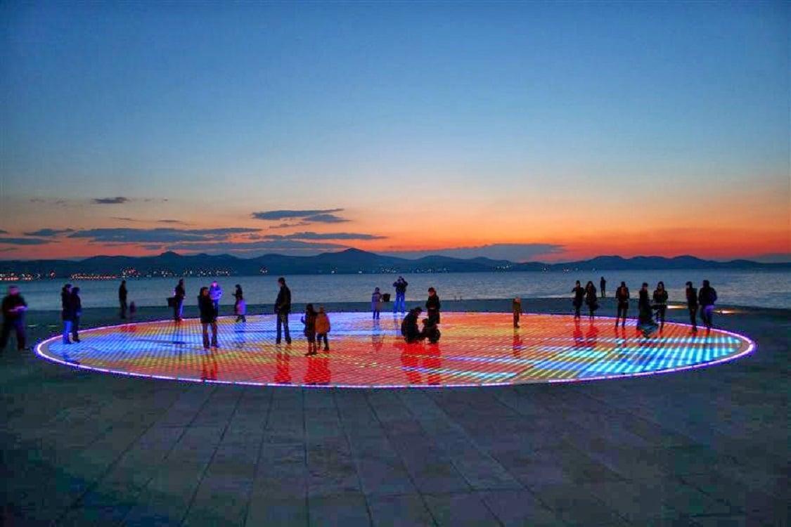 """""""Salutul soarelui"""" din Zadar, Croația"""