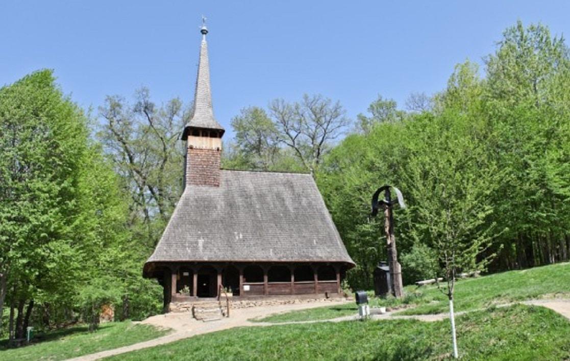 Biserică din lemn tradițională